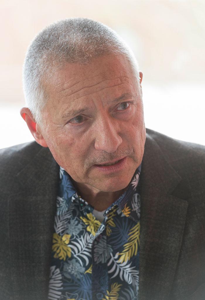 Dr. Michael Wunder