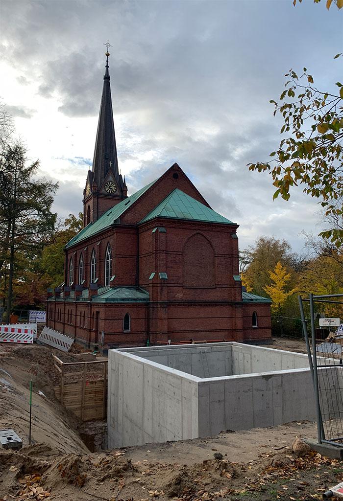 Die St. Nicolaus-Kirche in Alsterdorf.